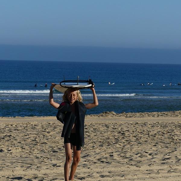 messanges surf school child