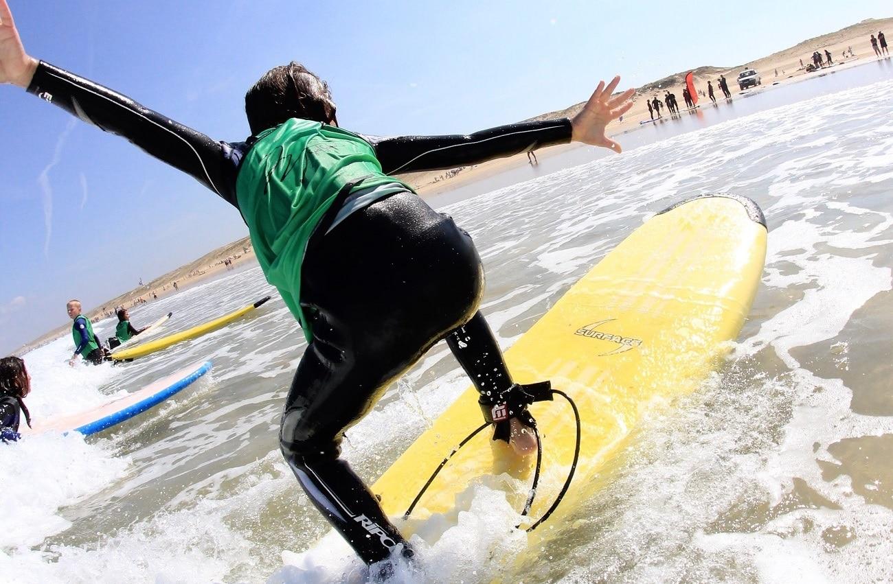MESSANGES SURF SCHOOL children surf course